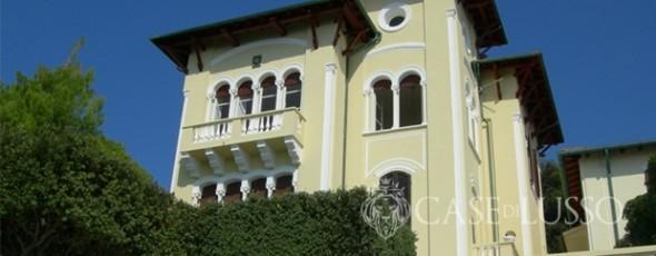 Meraviglioso appartamento in villa d 39 epoca con stupenda for Case d epoca