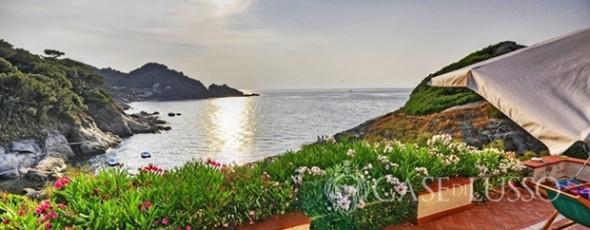 Seafront villa on Elba Island