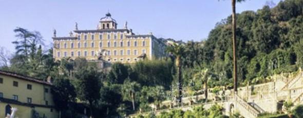 Ancient and prestigious Villa in the heart of Tuscany