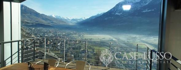 Villa con finiture di pregio con stupenda vista panoramica su Aosta