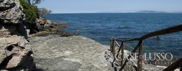 Luxury Villa For Sale on the Tuscan Coast