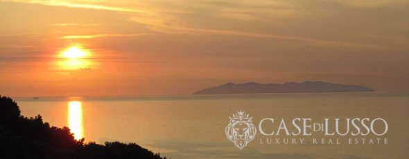 Elba Island-South West Coast, Exclusive Rustic directly on the sea