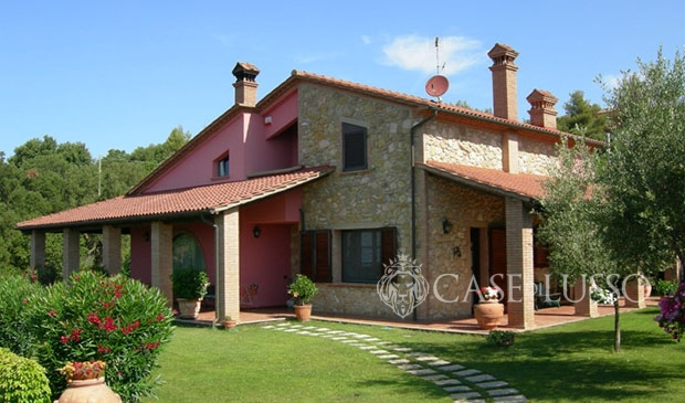 Beautiful villa with rustic finishes and sea view case di lusso.it
