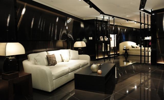 Moda e immobili di prestigio ville alberghi etc for Armani arredo casa