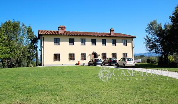 Rustico casale case di for Disegni di case toscane